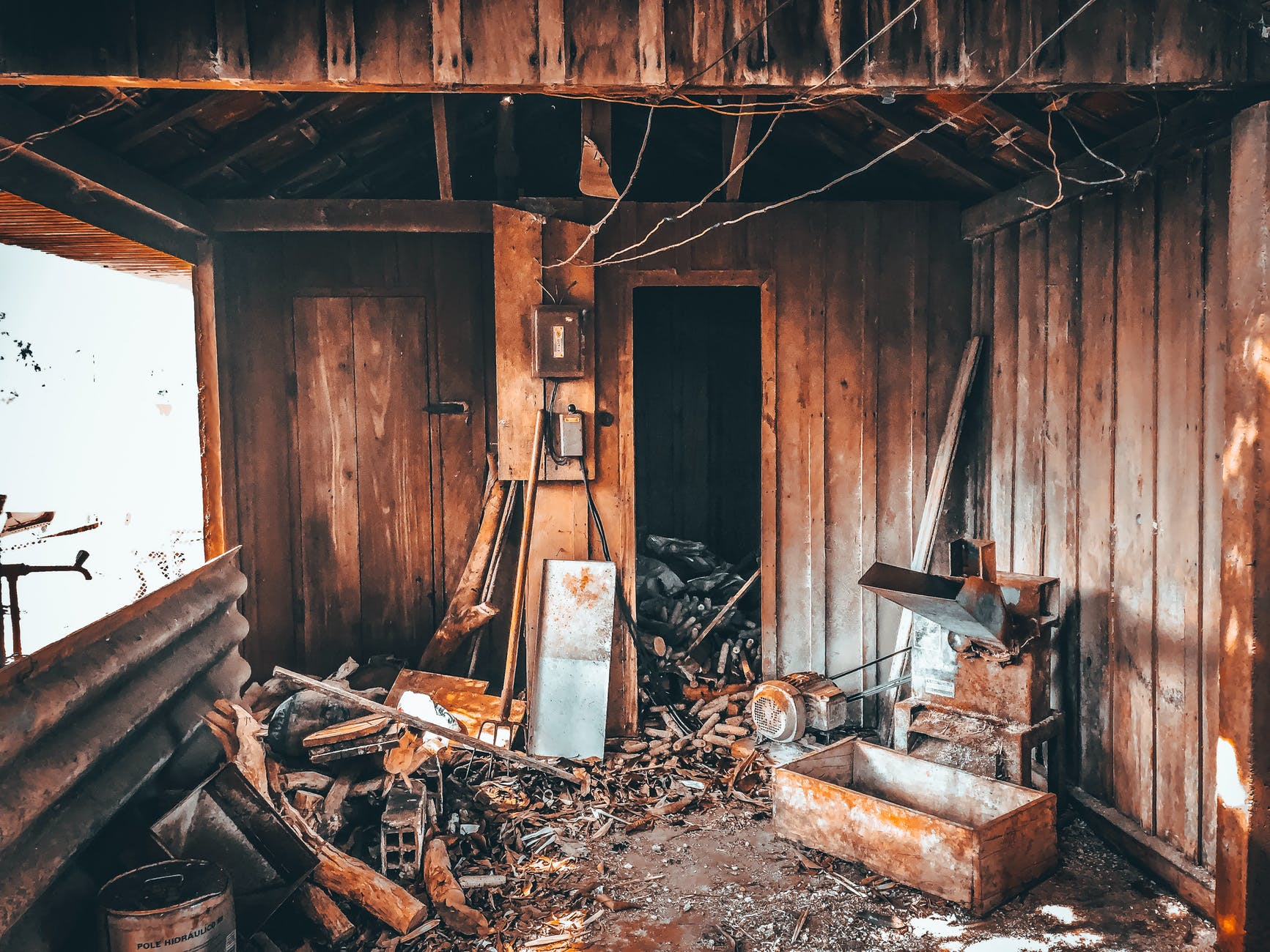 an abandoned wooden house